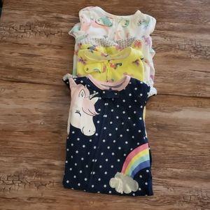 Lot of 3 12m zip up pajamas Carter's